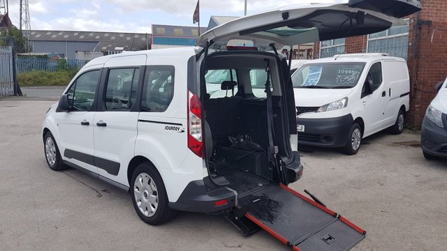 USED 2017 17 FORD TRANSIT CONNECT MINIBUS MPV  TAXI CAB CHAIR LIFT ( NO VAT AUTO ) AUTOMATIC TAXI CAB CONNECT CHAIR ACCESS