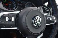 USED 2016 16 VOLKSWAGEN GOLF 1.4 GTE 5d AUTO 150 BHP