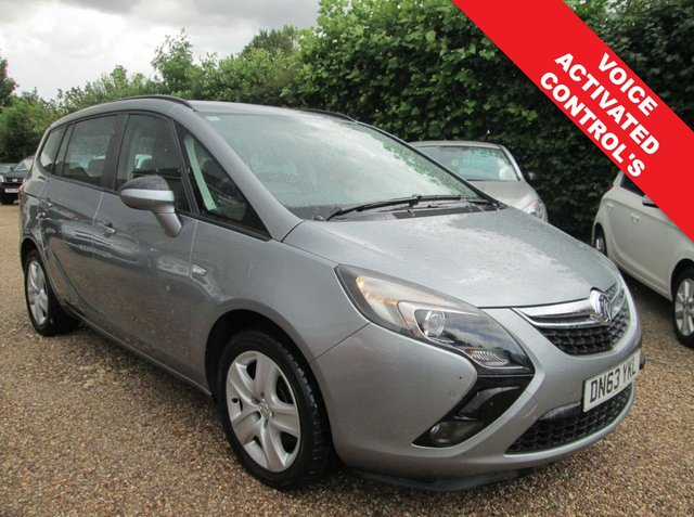 USED 2013 63 VAUXHALL ZAFIRA TOURER 2.0 EXCLUSIVE CDTI 5d 162 BHP 7 SEATER DIESEL - 62.8 MPG EXTRA