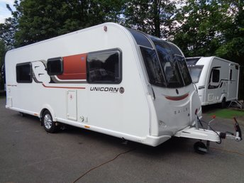 2016 BAILEY UNICORN VIGO 4 BERTH ( TRANSVERSE ISLAND BED & MOTOR MOVER ! ) HIGH SPEC £15689.00