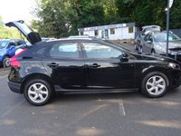 USED 2015 15 VOLVO V40 1.6 D2 CROSS COUNTRY SE 5d 113 BHP 1 OWNER WITH A VOLVO SERVICE RECORD