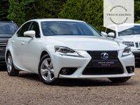 USED 2015 65 LEXUS IS 2.5 300H SE 4d AUTO 220 BHP
