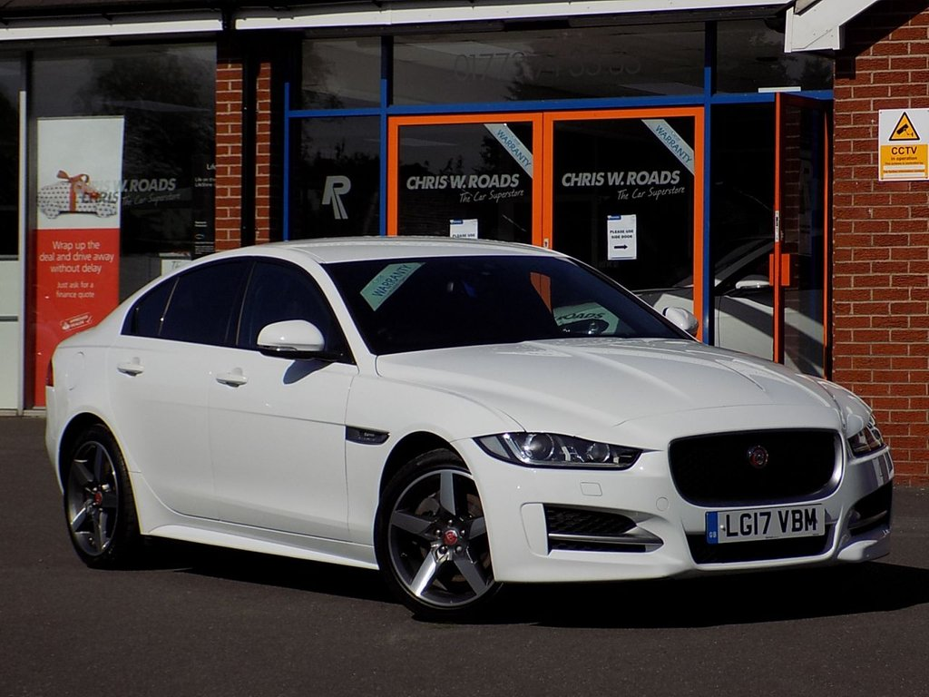USED 2017 17 JAGUAR XE 2.0d R-Sport 4dr Auto AWD ** Sat Nav + Leather **