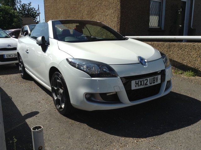 USED 2012 12 RENAULT MEGANE 2.0 GT LINE TOMTOM DCI 2d 160 BHP STUNNING CAR IN PEARL WHITE WITH RIVIERA RED LEATHER