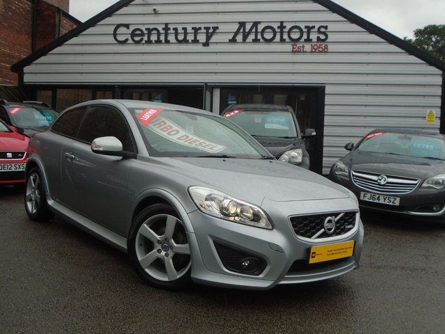 2010 10 VOLVO C30 1.6 D DRIVE R-DESIGN 3d - LEATHER