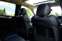 USED 2014 64 MERCEDES-BENZ M CLASS 5.5 ML63 AMG Speedshift Plus 7G-Tronic 5dr NAV+SUNROOF+CAMERA