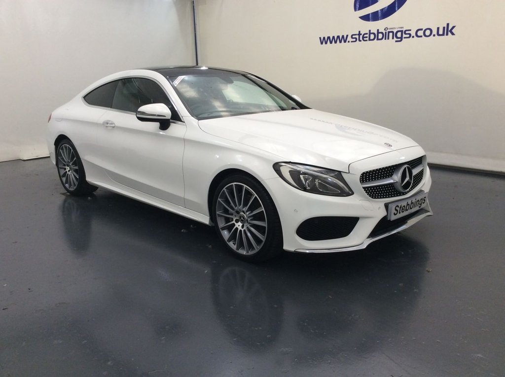 """USED 2017 67 MERCEDES-BENZ C-CLASS 2.1 C 220 D AMG LINE PREMIUM 2d AUTO 168 BHP EU6, PAN ROOF, SAT NAV, RED LEATHER, REVERSE CAMERA, ACTIVE PARK ASSIST, POWERED HEATED FRONT SEATS WITH DRIVER MEMORY, AUTO LIGHTS AND WIPERS, 9 SPEED AUTOMATIC, DUAL ZONE CLIMATE CONTROL, CRUISE CONTROL WITH SPEED LIMITER, PRIVACY GLASS, KEYLESS START, POWERED BOOTLID, 19"""" AMG MULTISPOKE ALLOYS"""