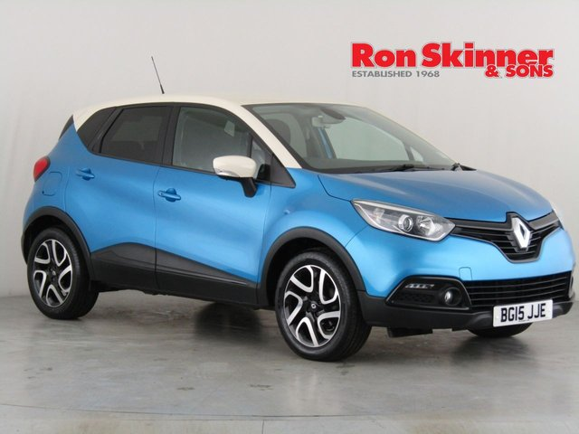 View our 2015 15 RENAULT CAPTUR 1.5 DYNAMIQUE S MEDIANAV ENERGY DCI S/S 5d 90 BHP with Cream Roof