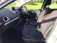 USED 2010 60 RENAULT CLIO 1.2 16v Dynamique Sport Tourer 5dr (Tom Tom) Estate ! TomTom ! Full MOT !