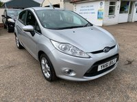 USED 2011 61 FORD FIESTA 1.2 ZETEC 5d 81 BHP ONE YEAR WARRANTY INCLUDED / LOW MILEAGE / VOICE COMMS / USB / BLUETOOTH