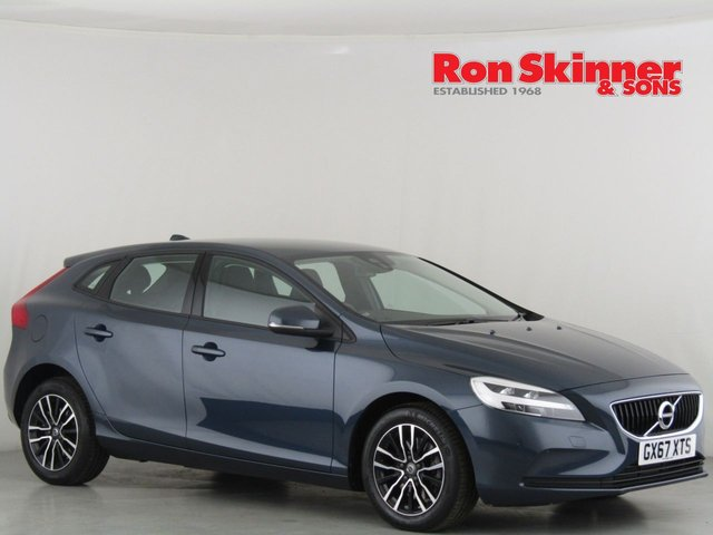 View our 2017 67 VOLVO V40 2.0 T2 MOMENTUM 5d 120 BHP