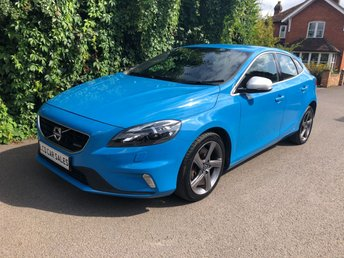 2014 VOLVO V40 2.0 D3 R-DESIGN LUX NAV AUTOMATIC -  VOLVO SERVICE HISTORY, JUST SERVICED - SATELLITE NAVIGATION, LUXURY WINTER PACK , SENSUS CONNECT STEREO UPGRADE, BLUETOOTH, HEATED SEATS, ILLUMINATION PACK £9990.00