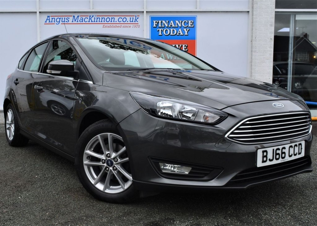 USED 2016 66 FORD FOCUS 1.0 ZETEC 5d Petrol Family Hatchback with Low Mileage Low Running Costs Low Road Tax High 60mpg and Ready to Finance and Drive Away Today THE PERFECT FAMILY HATCHBACK