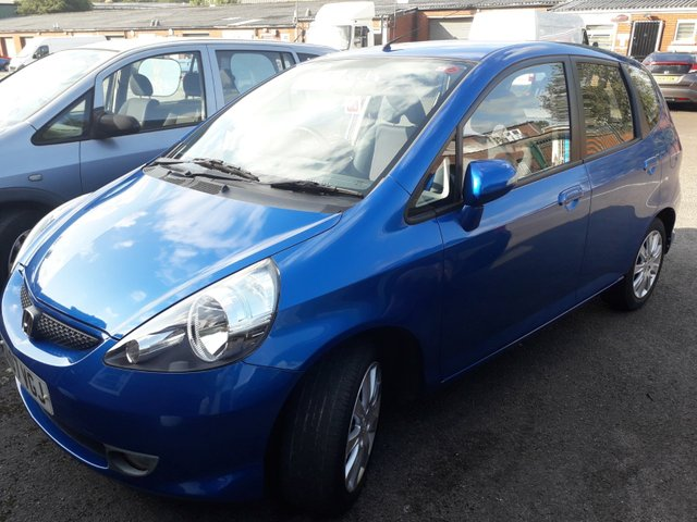 View our 2007 07 HONDA JAZZ 1.3 DSI SE 5d 82 BHP