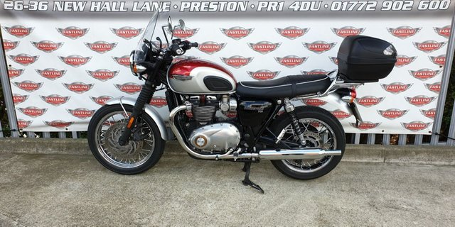 View our TRIUMPH BONNEVILLE