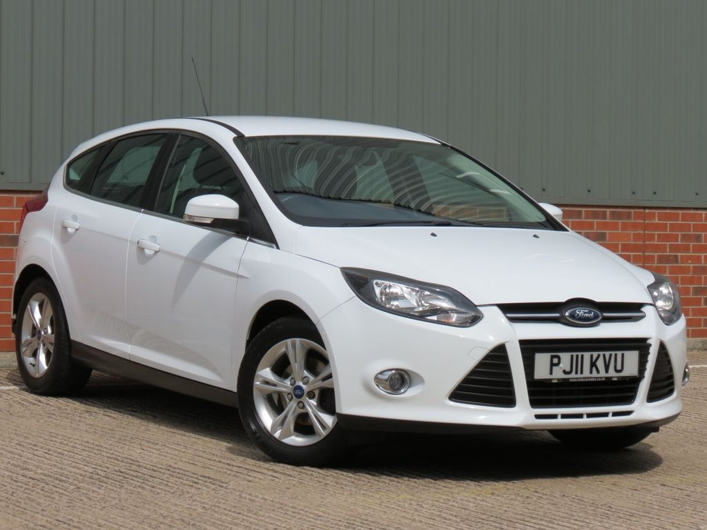 USED 2011 11 FORD FOCUS 1.6 ZETEC 5d 104 BHP EXCELLENT CONDITION AND FANTASTIC VALUE