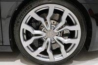 USED 2013 63 AUDI R8 5.2 SPYDER V10 QUATTRO 2d 518 BHP