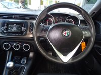 USED 2015 65 ALFA ROMEO GIULIETTA 1.4 TB DISTINCTIVE 5d 120 BHP HIGH SPECIFICATION*IMMACULATE CONDITION