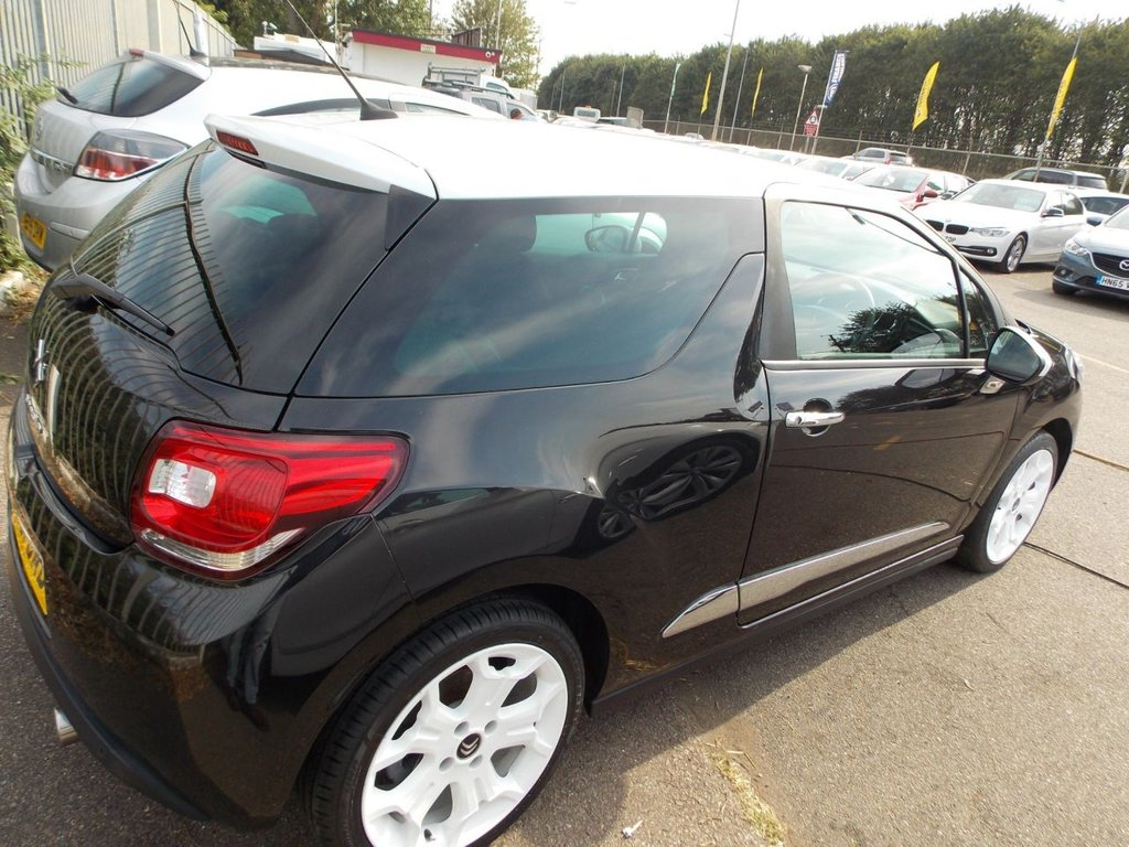USED 2011 61 CITROEN DS3 1.6 E-HDI DSTYLE 3d 90 BHP