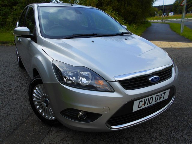 2010 10 FORD FOCUS 1.6 TITANIUM 5d 100 BHP ** ONE PREVIOUS OWNER , YES ONLY 64K, TITANIUM EDITION, HEATED SEATS , ALLOYS, CRUISE CONTROL, AIRCON, ABSOLUTELY STUNNING THROUGHOUT **