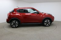 USED 2014 14 NISSAN JUKE 1.5 DCI N-TEC 5d 109 BHP FINISHED IN STUNNING METALLIC RED + FSH + £20 ROAD TAX + SAT-NAV + BLUETOOTH + AUX/USB + REAR CAMERA + AIR CON + MULTIFUNCTION WHEEL + CRUISE CONTROL + ELECTRIC WINDOWS