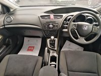 """USED 2013 13 HONDA CIVIC 1.8 I-VTEC SE 5d 140 BHP 16"""" Alloys, 6 Service Stamps, Air Con, Front Fog Lights"""