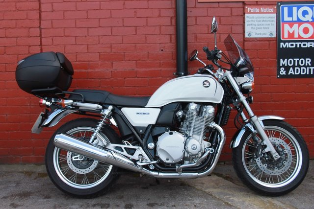 USED 2016 16 HONDA CB1100A EX *FSH, 3mth Warranty !, Low Mileage, lovely CNDT* A stunning Retro Roadster ! Finance And Delivery Available
