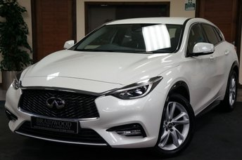 2017 INFINITI Q30 1.6 BUSINESS EXECUTIVE 5d 121 BHP £10990.00