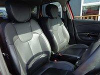 USED 2015 65 RENAULT CAPTUR 0.9 TCe ENERGY Signature Nav (s/s) 5dr Sat Nav, Leather, Bluetooth