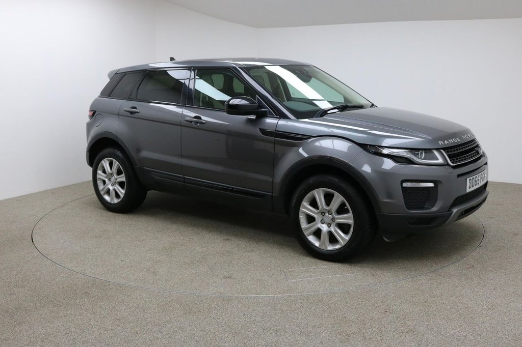 USED 2015 65 LAND ROVER RANGE ROVER EVOQUE 2.0 TD4 SE TECH 5d AUTO 177 BHP FINISHED IN A STUNNING GREY + FULL SERVICE HISTORY + 1 OWNER + SAT-NAV + CRUISE CONTROL + LEATHER SEATS + HEATED SEATS + PARKING SENSORS + BLUETOOTH + DAB RADIO + STOP/START + DUAL ZONE CLIMATE CONTROL + AIR CON + MULTIFUNCTION WHEEL + AUTO LIGHTS AND WIPERS + TERRAIN RESPONSE SYSTEM + DRIVE SELECT + TOUCH SCREEN + VOICE CONTROL + LANE ASSIST + ELECTRIC BOOT + XENON HEADLIGHTS + 18 INCH WHEELS