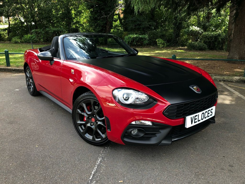 USED 2017 67 ABARTH 124 1.4 SPIDER MULTIAIR 2d 168 BHP JUST 4000 MILES