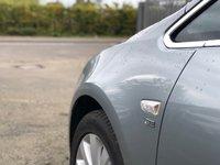 USED 2011 11 VAUXHALL ASTRA 2.0 SE CDTI 5d AUTO 157 BHP HALF LEATHER TRIM ++     FULL SERVICE RECORD *   17 INCH ALLOYS *  PARKING AID *  MOT JULY 2020 *