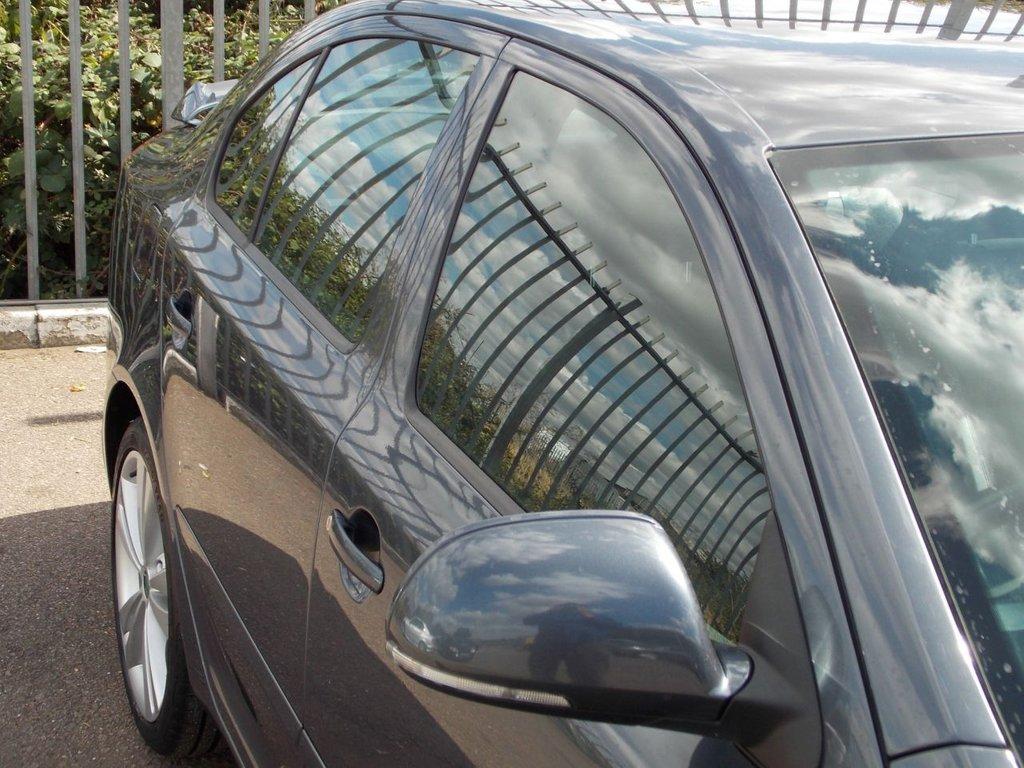 USED 2011 11 SKODA OCTAVIA 2.0 VRS TFSI DSG 5d AUTO 198 BHP