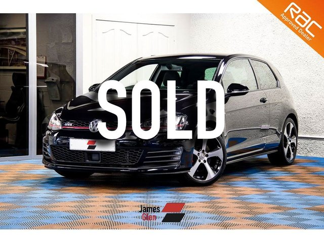 USED 2015 15 VOLKSWAGEN GOLF 2.0 GTI LAUNCH 3d 218 BHP Demo + One Lady Owner   Full Full VW Service Records