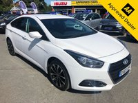 USED 2015 65 HYUNDAI I40 1.7 CRDI SE NAV BLUE DRIVE 4d AUTO 139 BHP IN METALLIC WHITE WITH ONLY 47000 MILES, FULL SERVICE HISTORY, SAT NAV AND THIS VEHICLE IS ULEZ COMPLIANT APPROVED CARS ARE PLEASED TO OFFER THIS 2015 HYUNDAI I40 1.7 CRDI SE NAV BLUEDRIVE AUTOMATIC WITH ONLY 47000 MILES. THIS CAR HAS BEEN WELL LOOKED AFTER AND HAS A FULL SERVICE HISTORY SERVICED AT 9K, 19K, AND 38K MILES. IT IS AN IDEAL AUTOMATIC FAMILY CAR WITH A BRILLIANT SPEC INCLUDING REAR PARKING SENSORS AND CAMERA, BLUETOOTH, HEATED SEATS, DAB RADIO AND MUCH MUCH MORE. FOR MORE INFORMATION CALL OUR SALES TEAM ON 01622 871555.