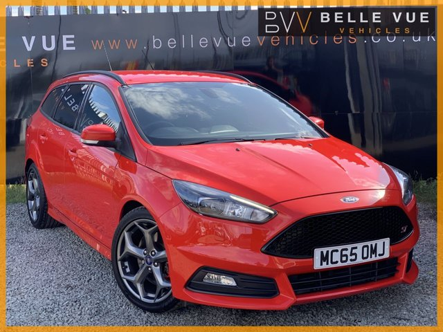 USED 2015 65 FORD FOCUS 2.0 ST-3 TDCI 5d 183 BHP *RACE RED, 18'' ALLOYS, DAB RADIO, MUST SEE*