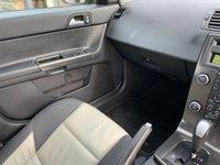 USED 2009 59 VOLVO V50 2.0 D R-DESIGN 5d AUTO 136 BHP AUTO! LEATHER! R-DESIGN!!