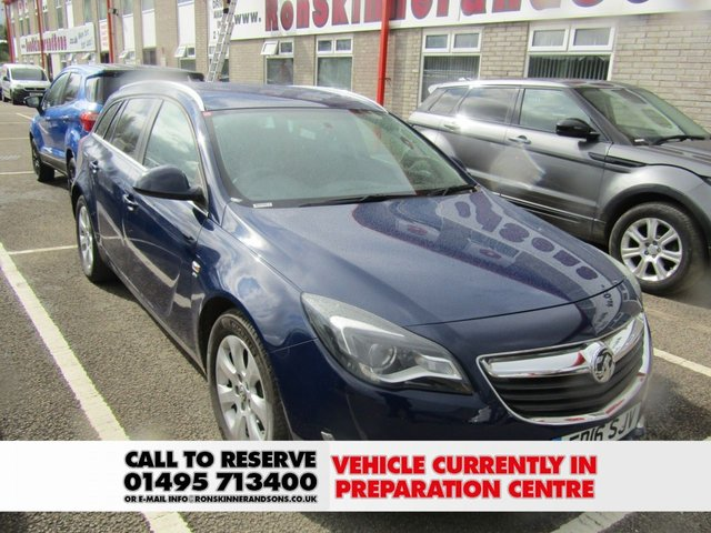 VAUXHALL INSIGNIA at Ron Skinner and Sons