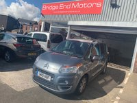 USED 2010 10 CITROEN C3 PICASSO 1.6 PICASSO EXCLUSIVE HDI 5d 90 BHP 42052 MILES FROM NEW! LOW CO2 EMISSIONS, £30 ROAD TAX, GREAT SPECIFICATION INCLUDING ALLOYS, AIR CONDITIONING, ELECTRIC WINDOWS, TINTED WINDOWS AND PANORAMIC ROOF!