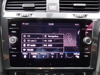 USED 2017 17 VOLKSWAGEN GOLF 1.6 SE NAVIGATION TDI BLUEMOTION TECHNOLOGY 5d 114 BHP 1 OWNER, SAT NAV, BLUETOOTH, DAB RADIO, REVERSE CAMERA, HPI CLEAR