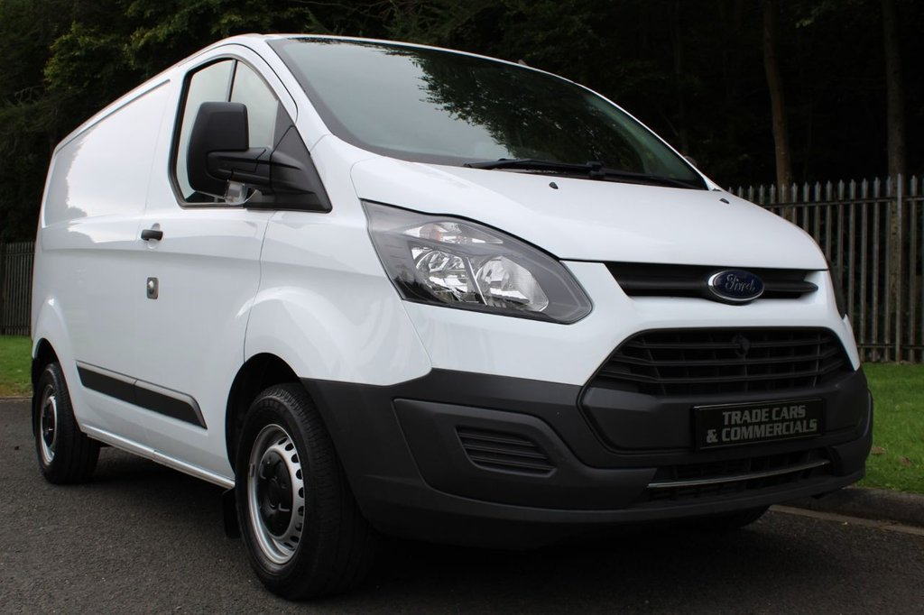 USED 2017 67 FORD TRANSIT CUSTOM 2.0 290 LR P/V 1d 104 BHP A VERY CLEAN 1 COMPANY OWNER VAN WITH FORD WARRANTY REMAINING!!!