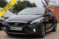 USED 2015 65 VOLVO V40 2.0 D2 CROSS COUNTRY LUX NAV 5d AUTO 118 BHP SATELLITE NAVIGATION, PANORAMIC ROOF + REVERSING CAMERA
