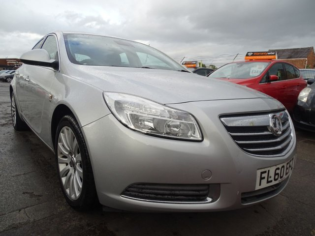USED 2010 60 VAUXHALL INSIGNIA 1.8 SE NAV 5d VERY CLEAN CAR LOW MILES