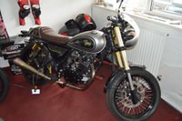 USED 2017 67 SINNIS BOMBER 125cc Goodwood Bomber 125cc RETRO CAFE RACER NO 37 LOW MILEAGE