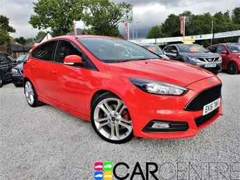 View our 2016 16 FORD FOCUS 2.0 ST-2 5d 247 BHP