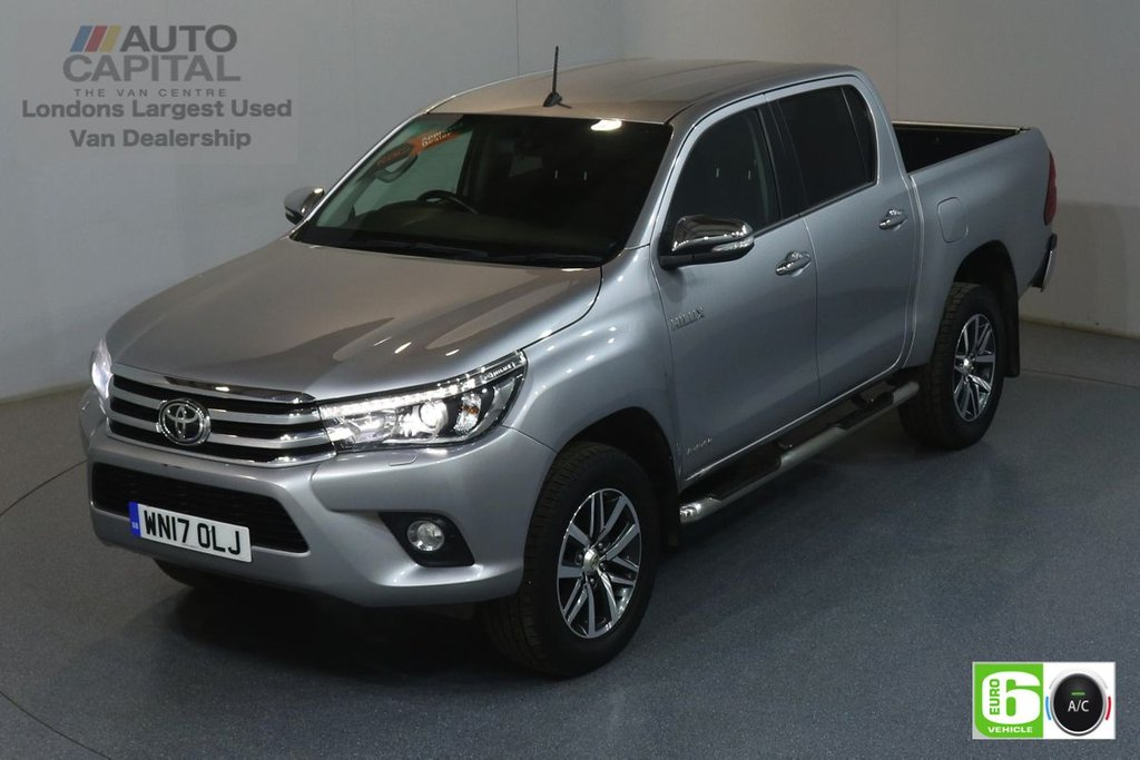 USED 2017 17 TOYOTA HI-LUX 2.4 INVINCIBLE 4WD D-4D DCB 148 BHP EURO 6 ENGINE AIR CON, SAT NAV, REVERSE CAM., KEYLESS START, ALLOY WHEELS