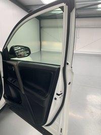 USED 2013 63 TOYOTA RAV4 2.2 D-4D INVINCIBLE 5d 150 BHP SATNAV! Park assist! Heated leather!