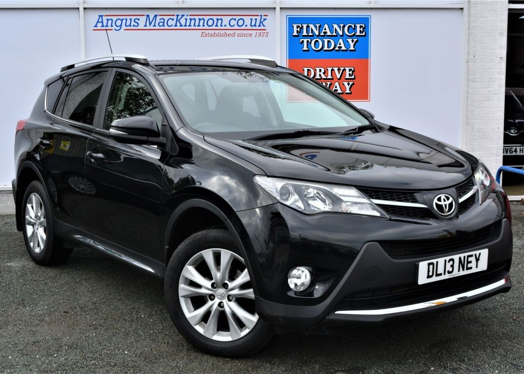 USED 2013 13 TOYOTA RAV4 2.2 D-4D INVINCIBLE 5d Family 4x4SUV AUTO with Great High Spec ** LOW MILEAGE FOR AGE**