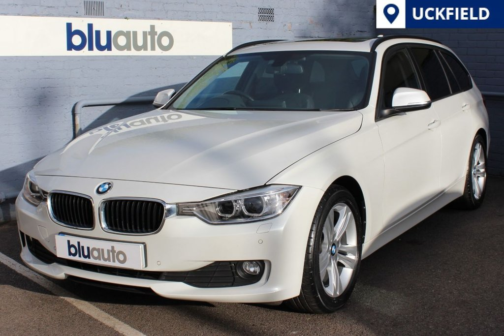 USED 2013 13 BMW 320d 2.0 EFFICIENTDYNAMICS TOURING 5d AUTO 161 BHP Panoramic Roof, Cruise Control, Sat Nav, Dual Climate Control, Rear Camera, Front/Rear Sensors, Heated Seats