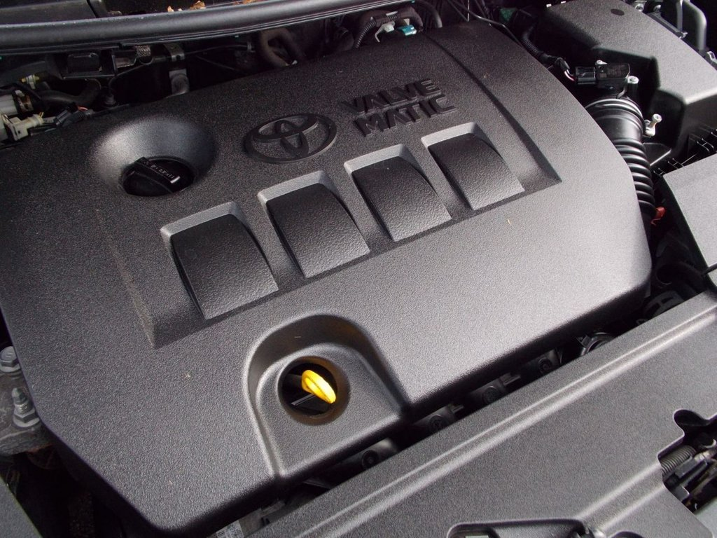 USED 2011 11 TOYOTA AURIS 1.6 TR VALVEMATIC 5d 132 BHP